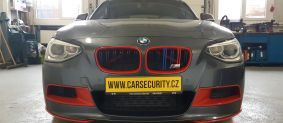 BMW 135 montáž Jablotron