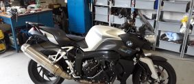 BMW K1200R instalace motoalarmu Pandora SMART MOTO