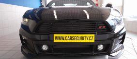 Ford Mustang montáž radiového dohledávání ONI Střežení