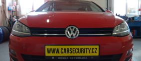 VW Golf VII montáž zámku volantu Zeder lock