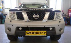 Nissan Pathfinder montáž hands free sady Parrot CK-3100